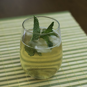 organic iced tea cocktail